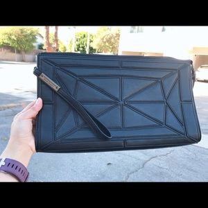 Bcbg leather pattern clutch